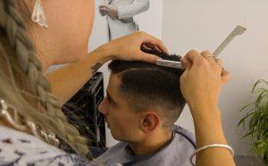 hairdresser-1684810_640